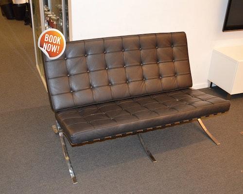 Hyr svart Barcelona soffa - 2-sits