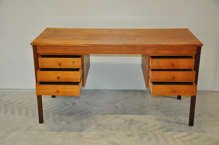 Hyr vintage skrivbord, Domino Møbler i dansk design
