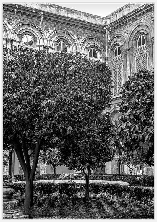 Italian Garden B&W