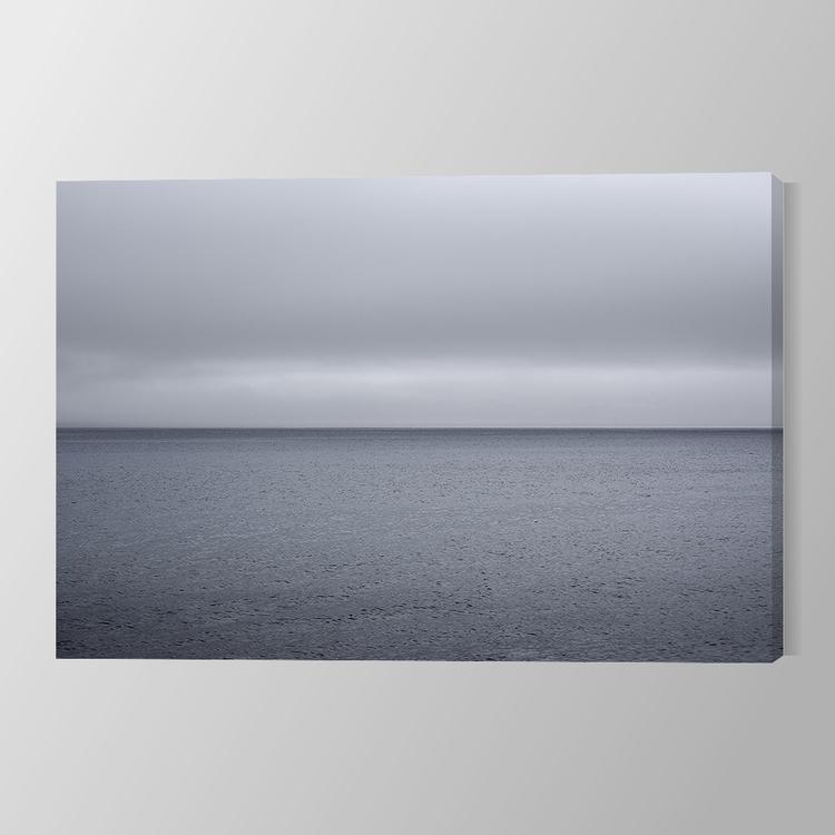 Sea Horizon Gray Canvas