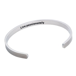 "BY BILLGREN - Stålarmband, cuff ""live passionately"" silver"