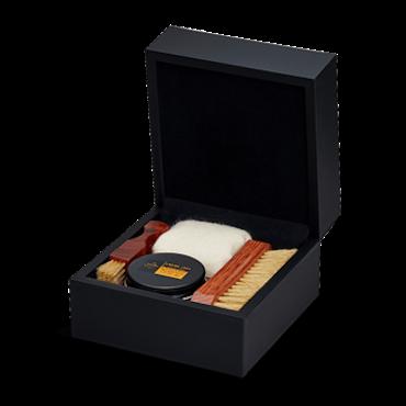 SAPHIR MEDAILLE D'OR - Presentbox skovårdsprodukter