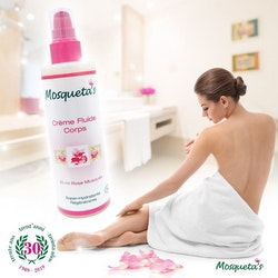 Flytande kroppskräm med ekologisk rosenolja