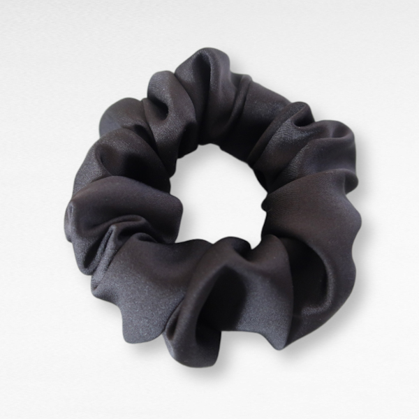 Constance - Basic Scrunchie