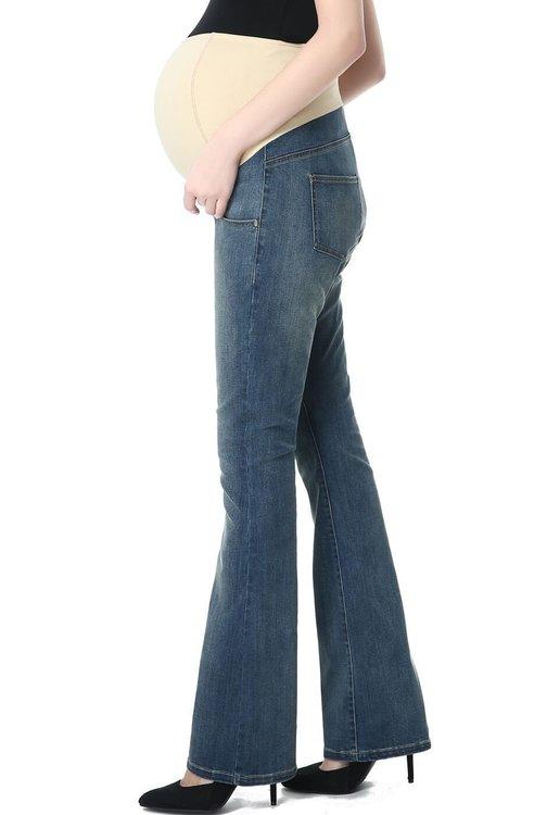 Denim jeans med boot cut ben och mudd över magen från sidan