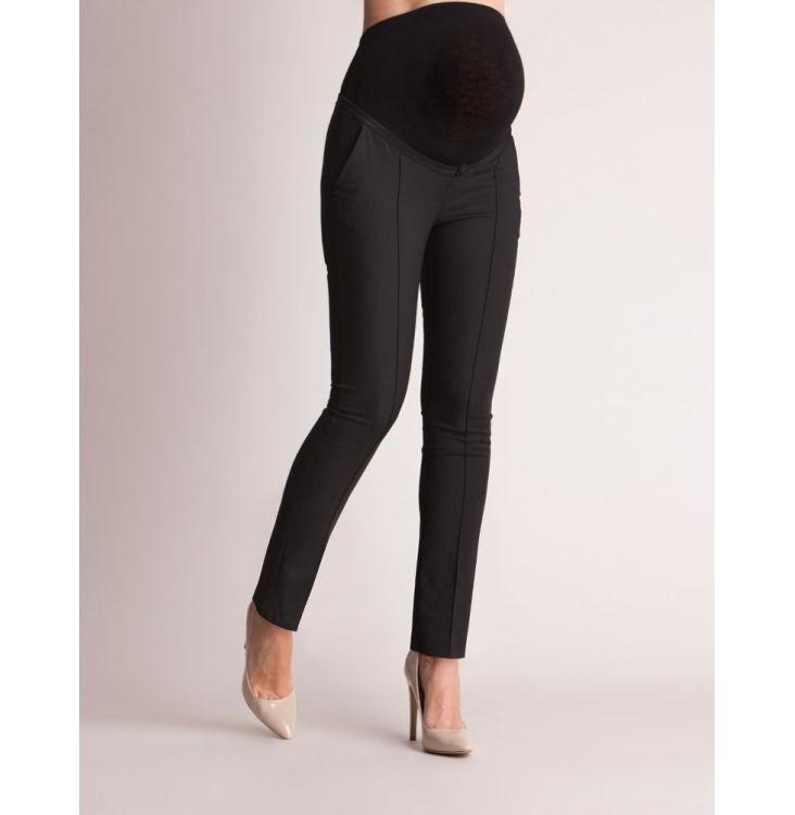 Svarta finbyxor med veck på framsidan och siden kant på fickorna sett framifrån