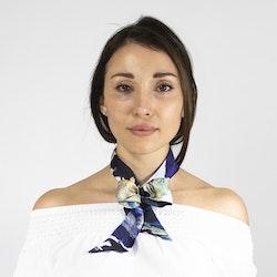 Lucy Jane Turpin Stormy Sky siden twilly scarf