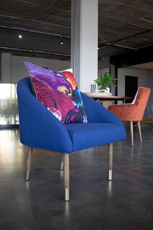 Anastasia Pather Pansy Pearl kuddfodral i sammet 60 x 60 cm