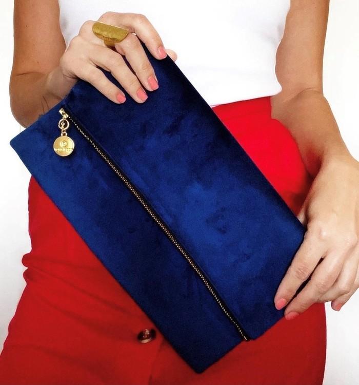 Blå kuvertväska i sammet