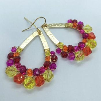 Drottning örhängen guld & rosa/röd/orange