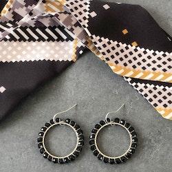 Runda örhängen silver & svart