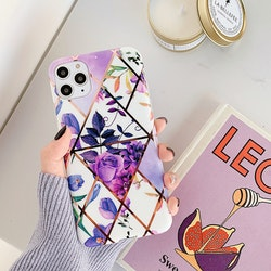 IPhone lila blommigt marmor skal/mobilskal