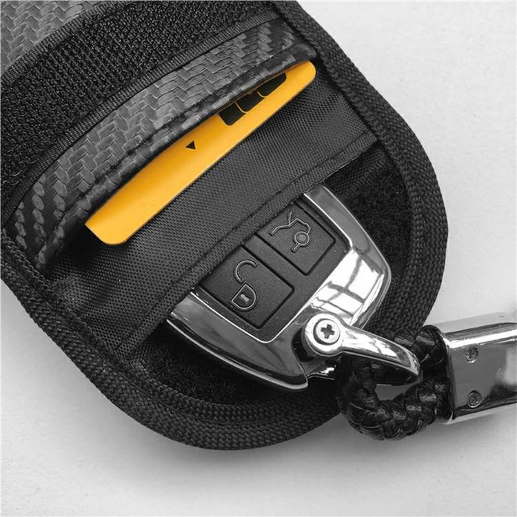 Skyddsfodral keyless-nycklar kolfiberlook svart