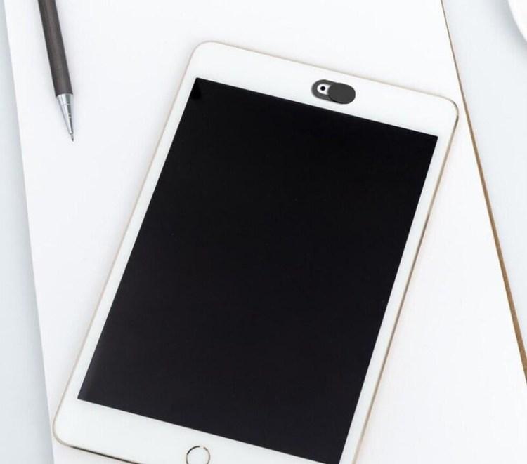Skydd för webbkamera passar både telefon, surfplatta och laptop