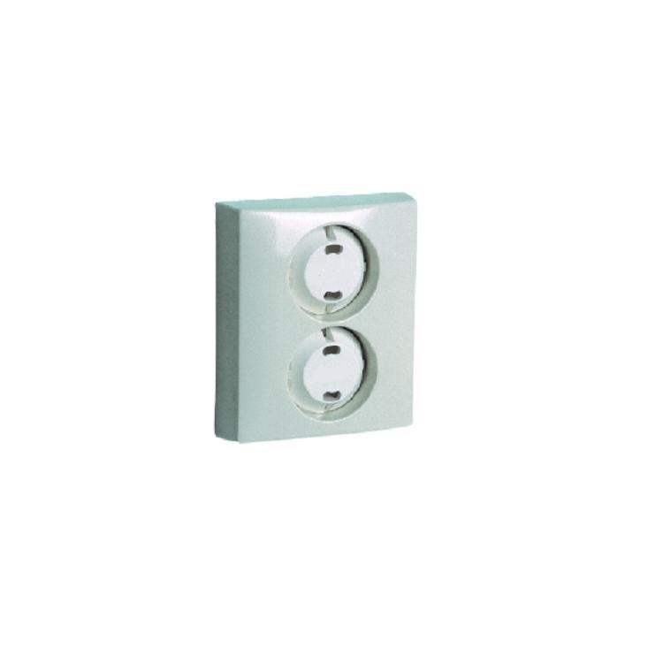 Petskydd / Kontaktskydd för vägguttag monterat