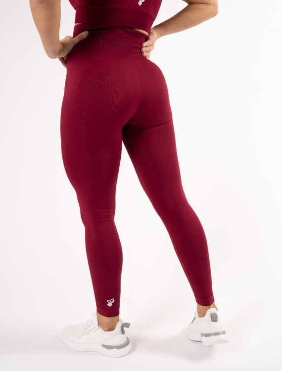 tjej med röda tights