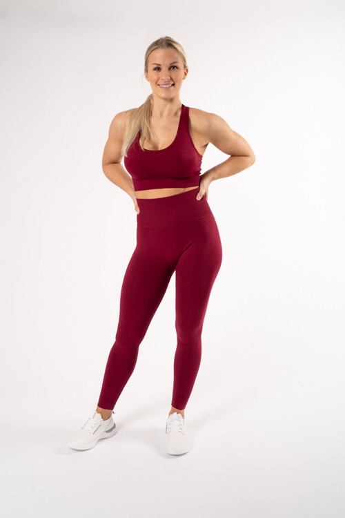 röda träningskläder