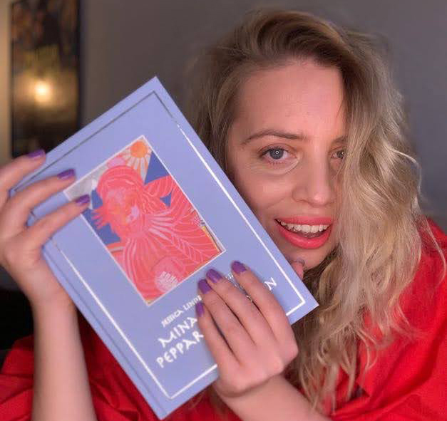 Studentpresent: Mina vänner peppar mig–boken + Examenskort med din hälsning