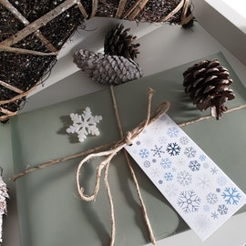 Presenttagg - Snöflingor