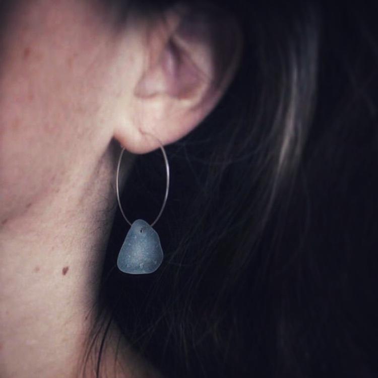Big Loop Fresh Blue örhängen