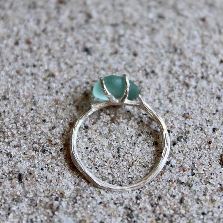 Blue Entanglement ring
