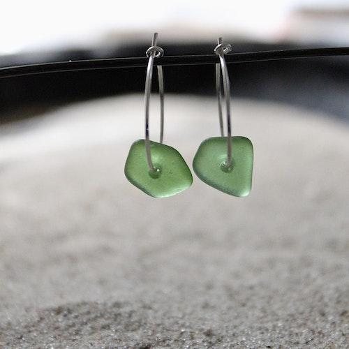 Small Loop Green örhängen