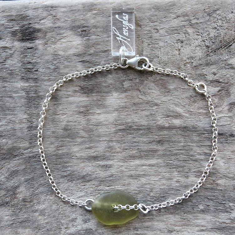 Olive armband