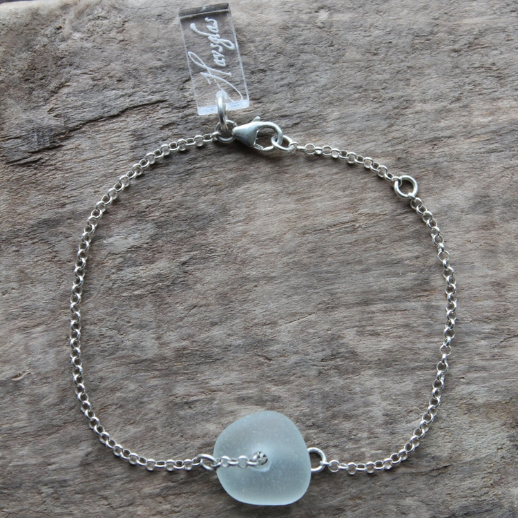 Pearly White armband