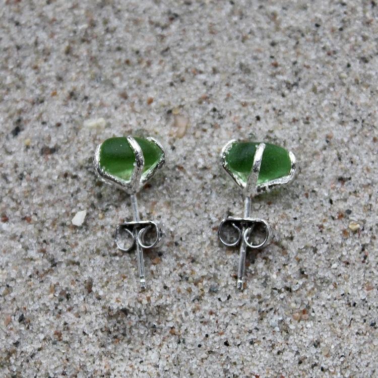 Green Love stiftörhängen