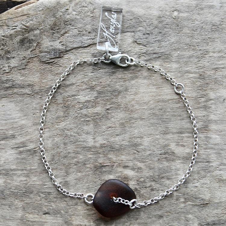 Swirling Brown armband