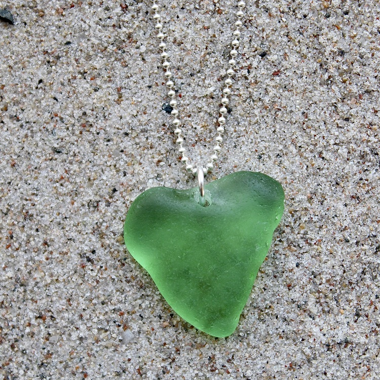 Big Green Heart halsband
