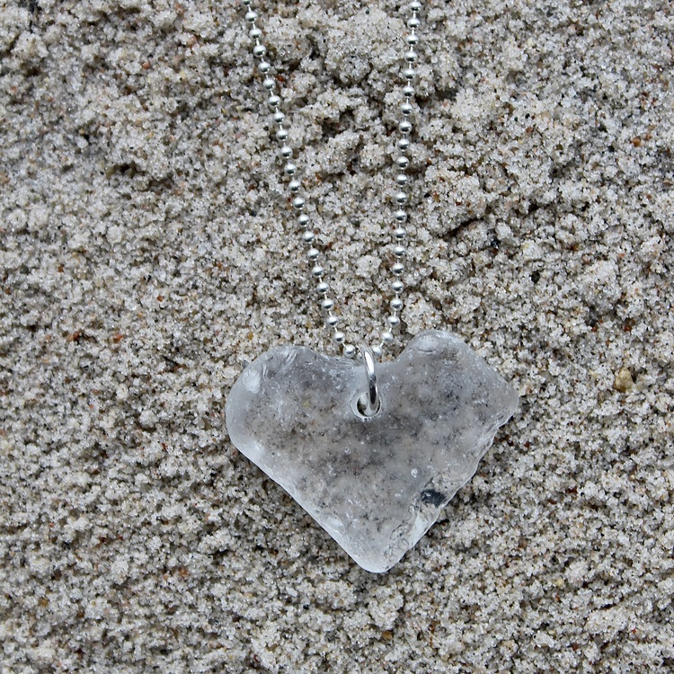 Timeworn Heart halsband