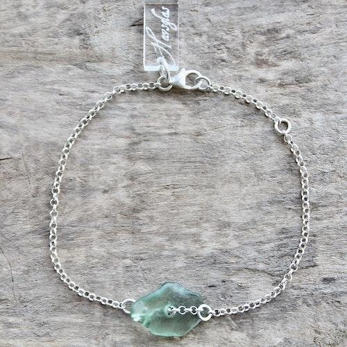 Gorgeous Green armband