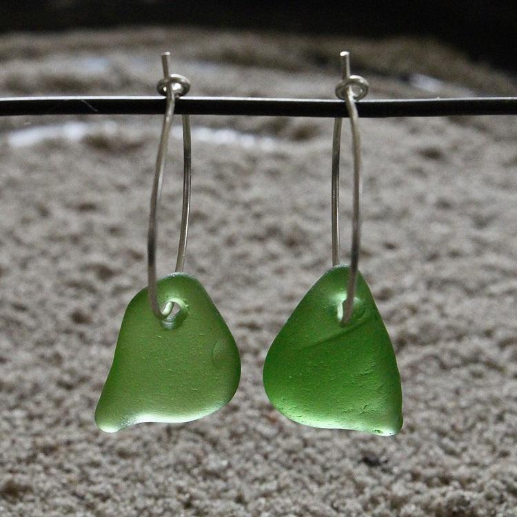 Small Loop Green Songbirds örhängen