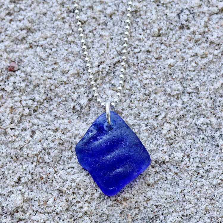 Blue Waves halsband