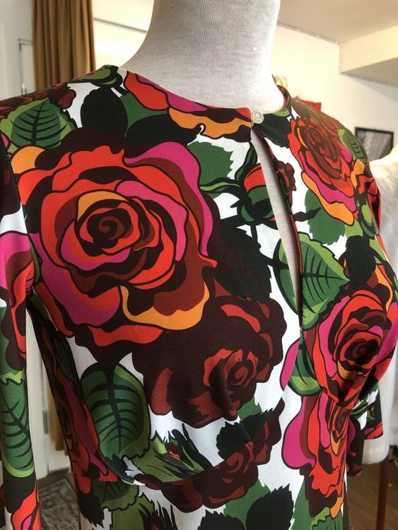 Isabella klänning - Roza röd