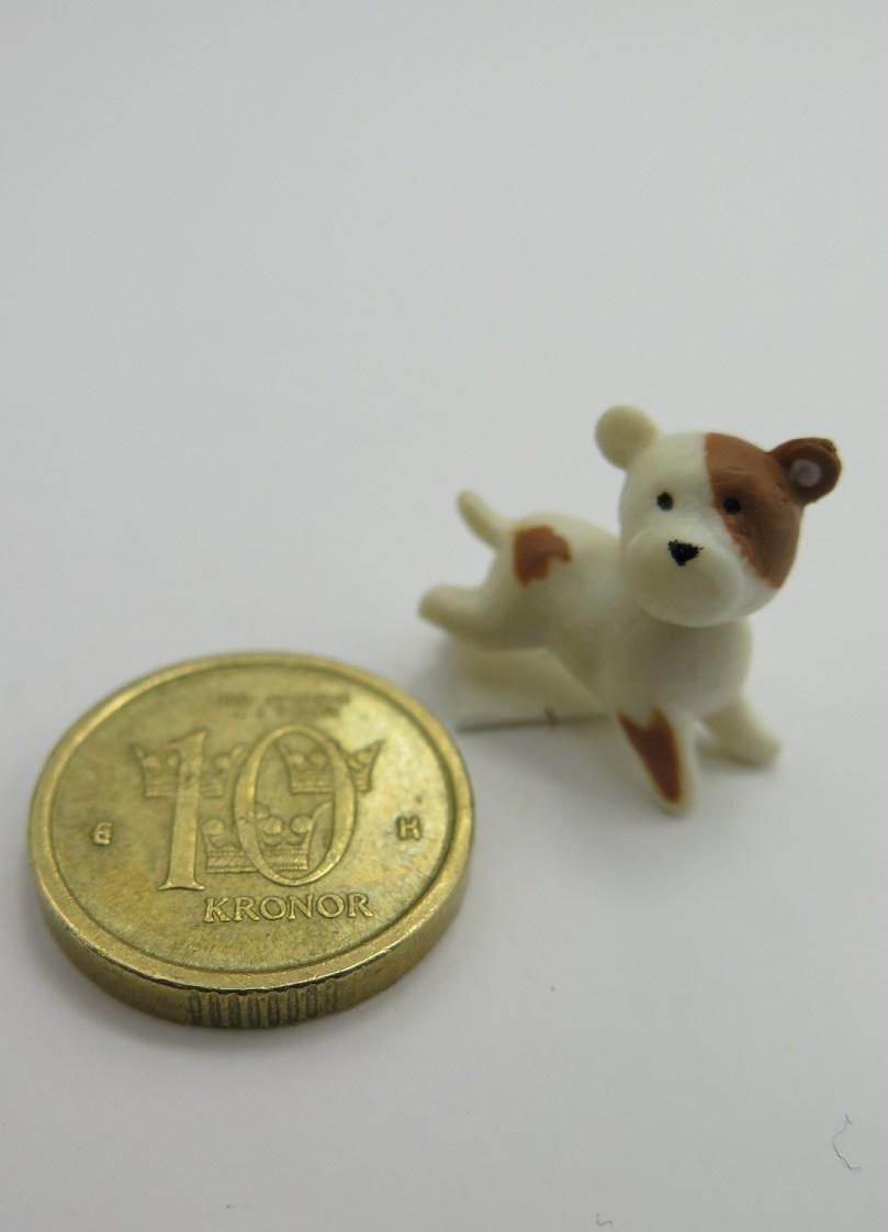 **Miniatyr** Hund