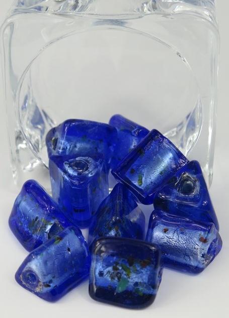 Glaspärlor trekantiga Blå