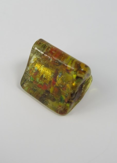 Glaspärlor trekantiga Guld