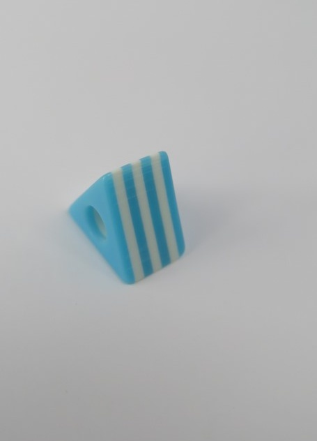 Tårtformad pärla Blå
