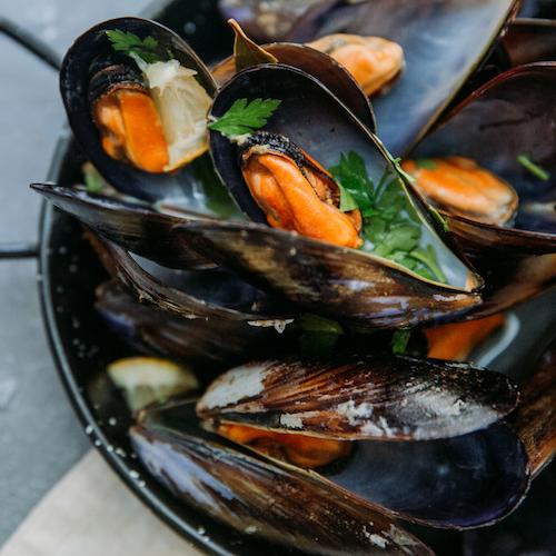 Lättrökta musslor chili/vitlök