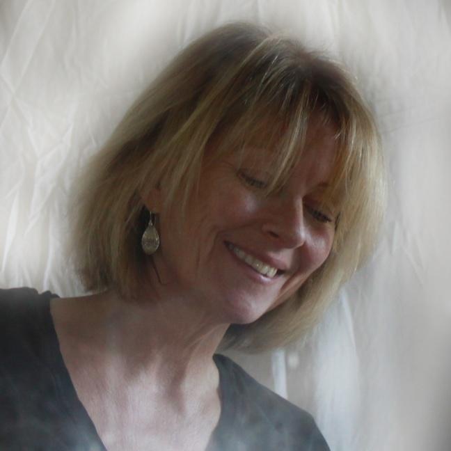 Fabiola - Silverörhängen i droppform