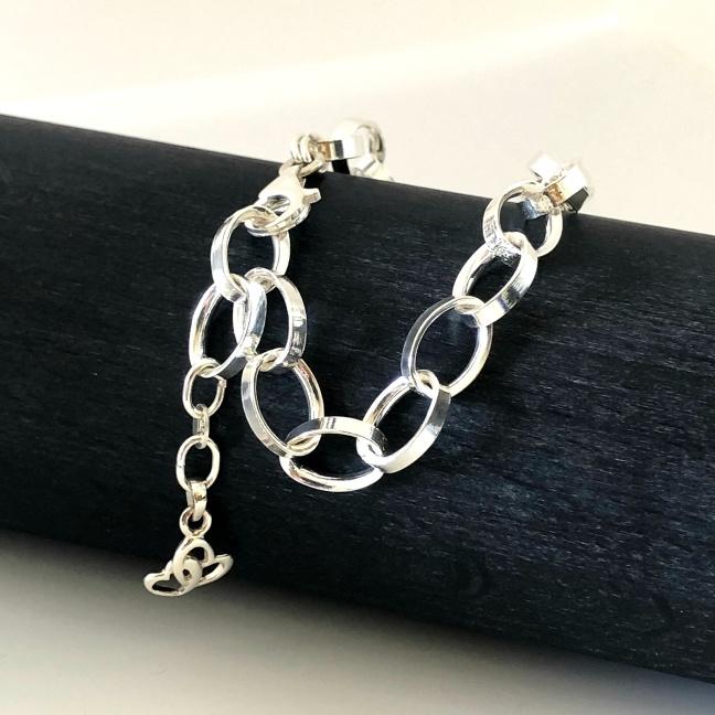 Petronella - Stilrent, rejält silverarmband