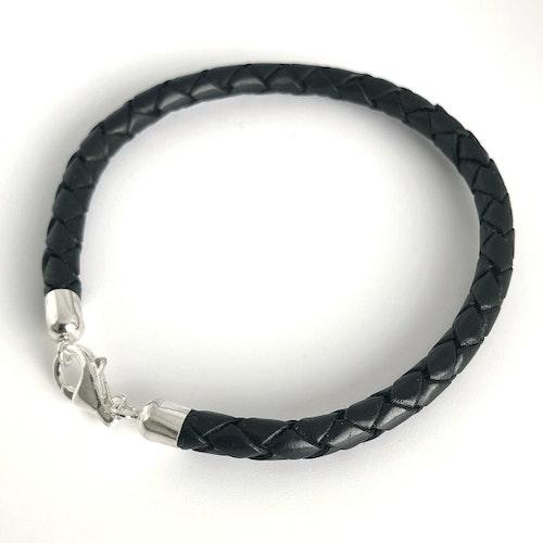 5 mm flätat armband med fina silverdelar