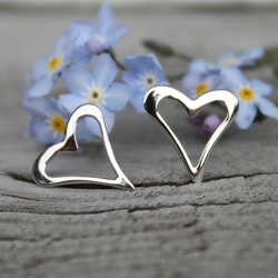 Fia - Silverörhängen hjärtan