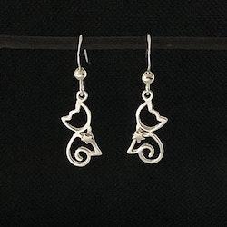 Små silverkatter - Silverörhängen