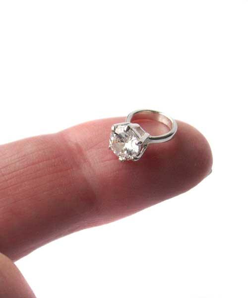 Seanna - Silverhalsband med liten fin ring