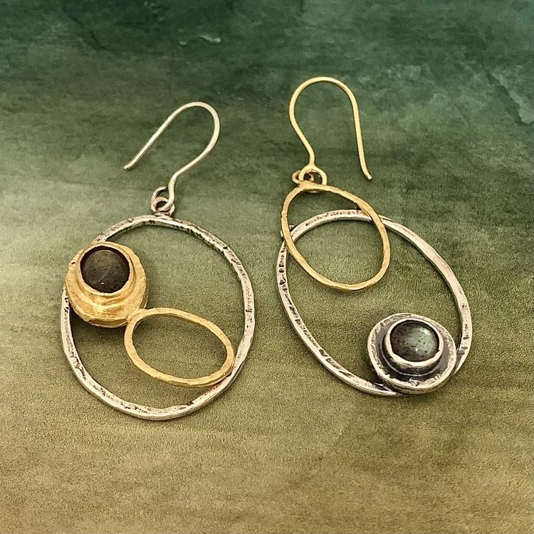Silwia - Ursnygg, vacker design i silver, guld och äkta stenar