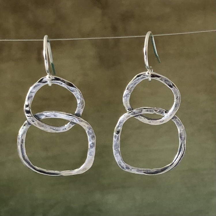 Robin - Hamrade örhängen i silver