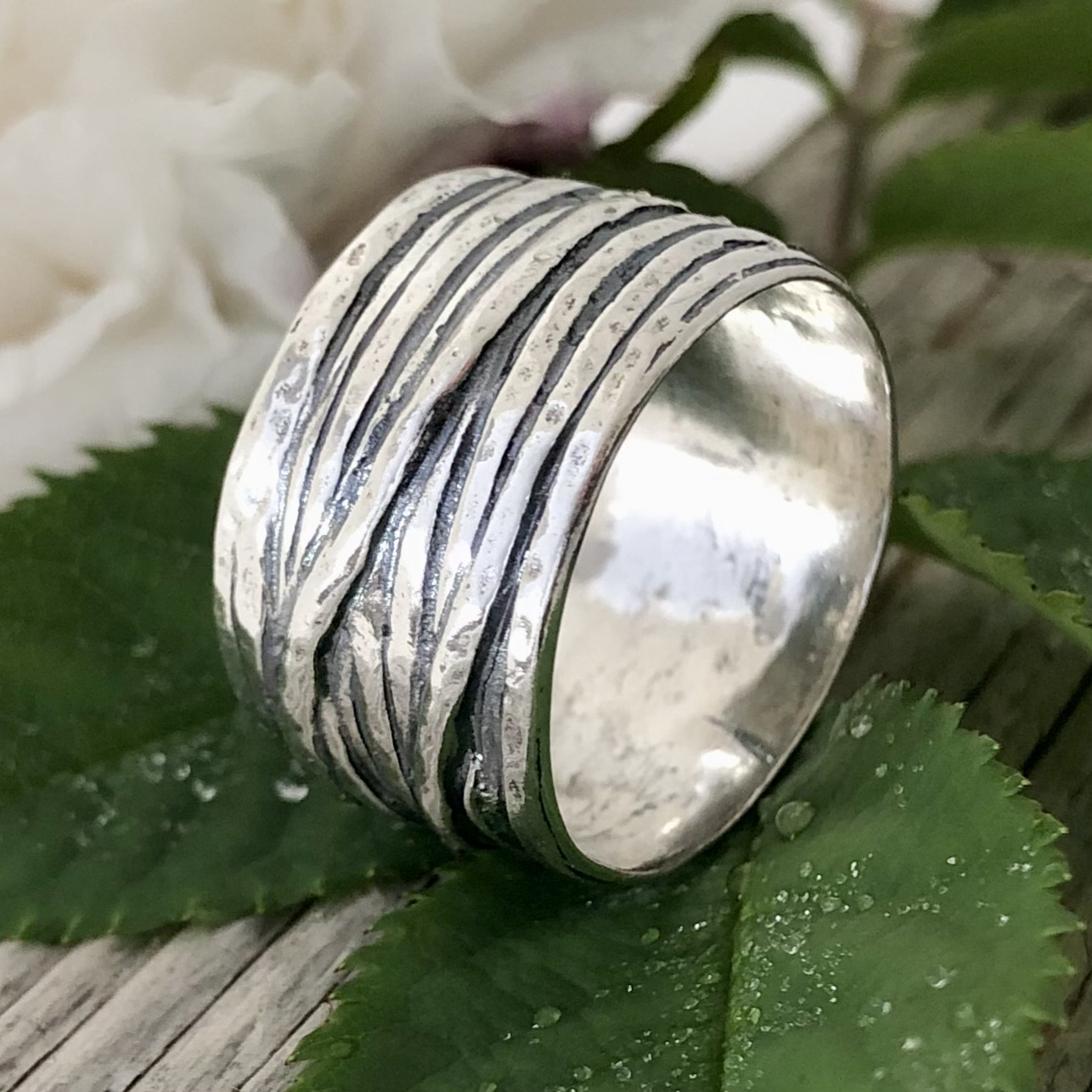 Jonna - Mycket snygg och rejäl silverring